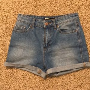 BDG high rise shorts size 26